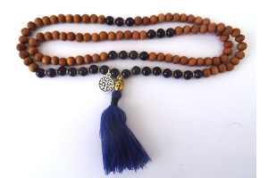 Sandalwood and Amethyst Mala