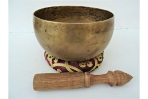 16 cm Old Hammered Singing Bowl